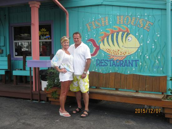 The fish house fort myers beach restaurant reviews for Fish house fort myers beach