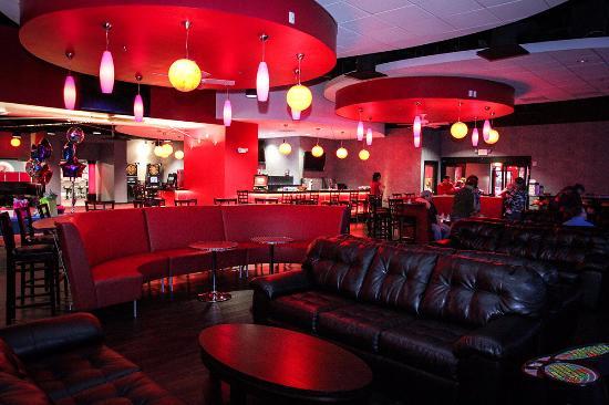 Bartlett, TN : Pretty good bar on site