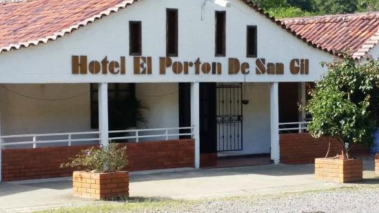 Hotel El Porton de San Gil