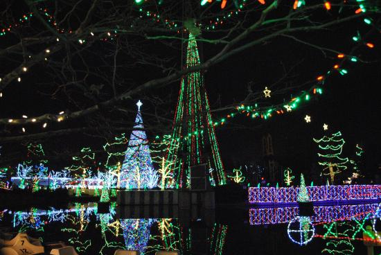 Kennywood Christmas.Massive Christmas Trees Picture Of Kennywood Park West