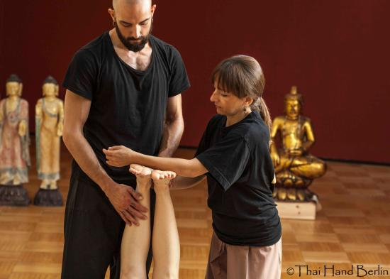 Thai Massage course Berlin with certification - Picture of