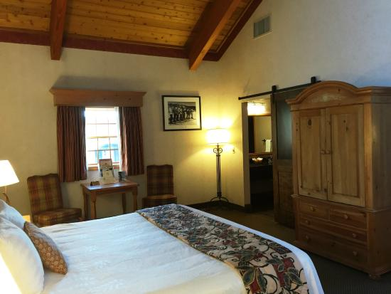 Inn at Holiday Valley: Presidential Suite Bedroom