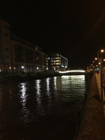 Go to hotel when in Cork on business