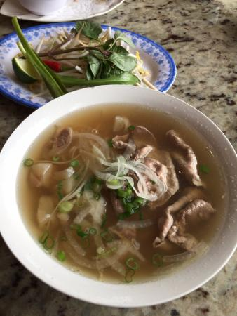 New Pho Bo Ga: Soup: good but not great