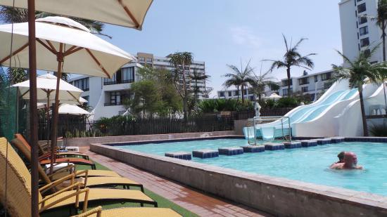 Breakers Resort: at the pool