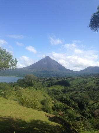 Essence Arenal Boutique Hostel: Arenal Volcano