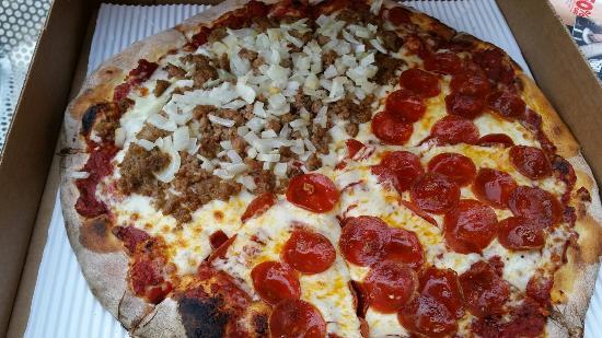 Tyler's Pizzeria & Bakery