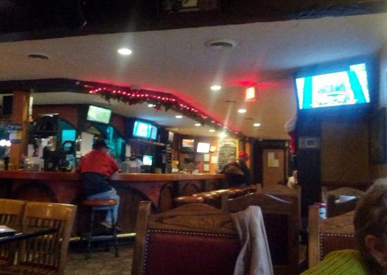 Artful Dodger Neighborhood Pub: A Clean Well Run Pub w/ Great Grub!