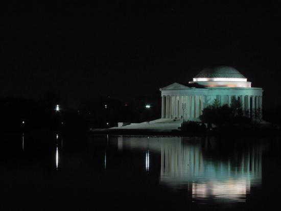 Signature Tours of DC- Day/Night : Jefferson Monument from MLK