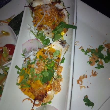 Bhima's Warung : Baked oyster special