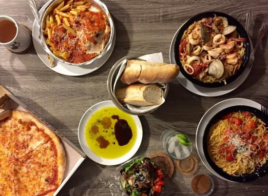 Remo's Brick Oven Pizza : 24348_large.jpg