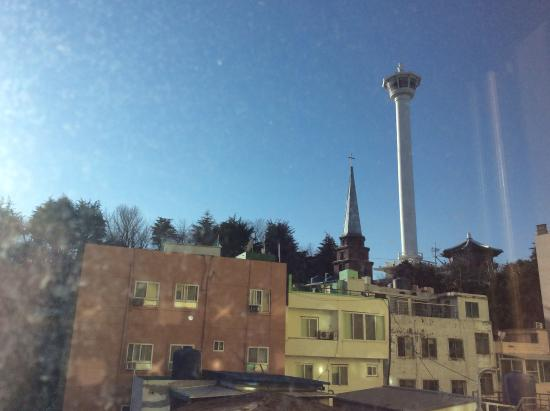 Busan Tourist Hotel: 釜山タワーが見える部屋でした。