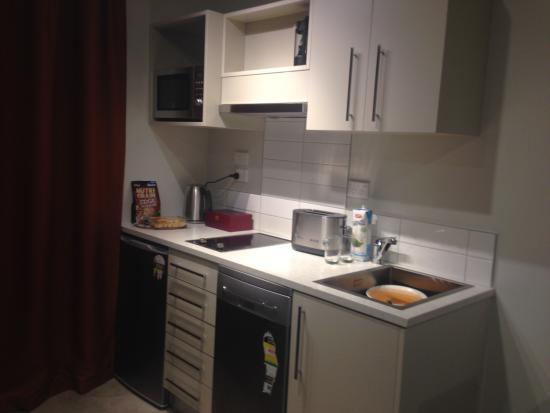 Voyager Apartments Taupo: Kitchenette