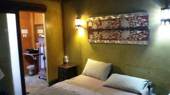 Baan Pai Roong Guesthouse: 20151212_163415_large.jpg