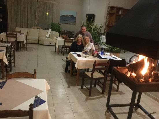 Anesi Restaurant: Warm and welcoming