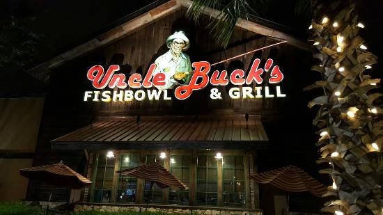 Uncle Buck's Fishbowl & Grill