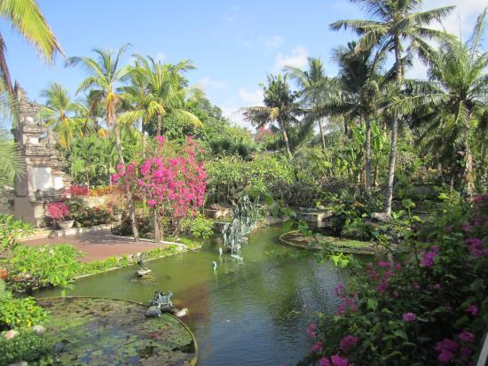 Padma Resort Legian: Hotel gardens