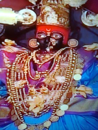 Tuljapur, India: Jai tuljabhavani.