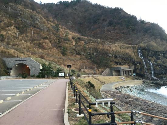 石川県, 右側に滝