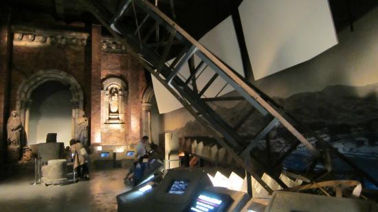 運命の時刻 - Picture of Nagasaki Atomic Bomb Museum, Nagasaki - TripAdvisor