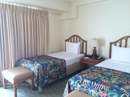 Ohana Waikiki Malia: 寝室