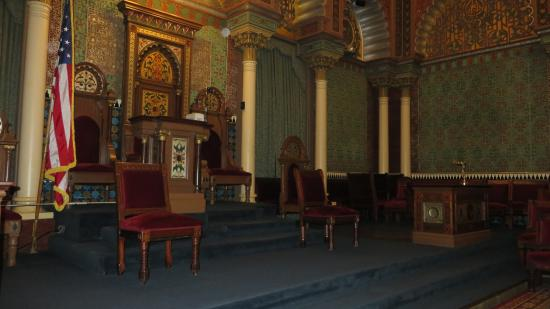 Masonic lodge room picture of masonic temple philadelphia masonic temple masonic lodge room sciox Images