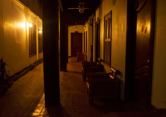 Sokdee Residence : двор отеля