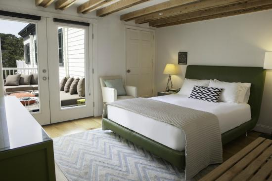 Greenport, estado de Nueva York: Room 2 - Quuen Size bed with Private Deck