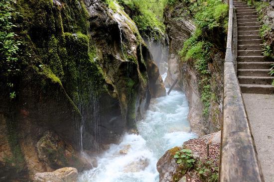 Nationalpark Berchtesgaden: водопад