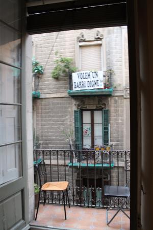 Serenity Gotic Hostel : Балкончик