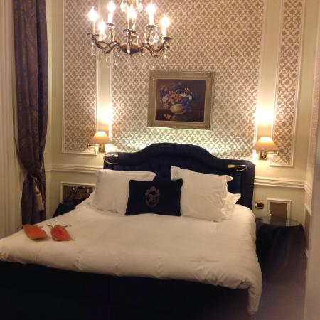 Hotel Heritage - Relais & Chateaux: Our bedroom