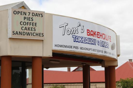 Toms Bakehouse Takeaway and Diner