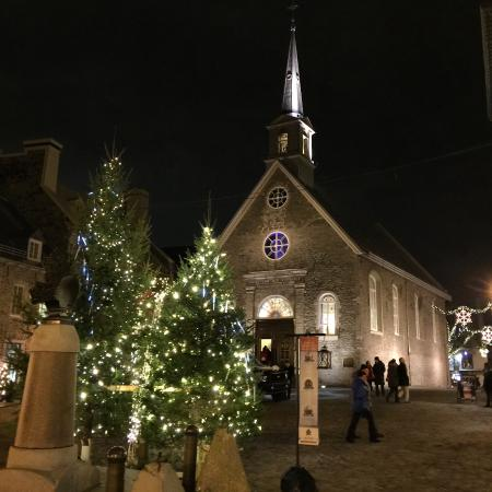 Christmas decorations picture of lower town basse ville for Decoration quebec