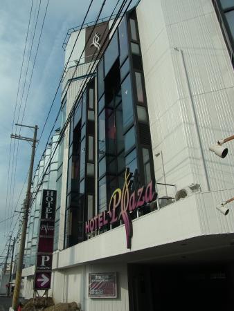 Ritto Plaza