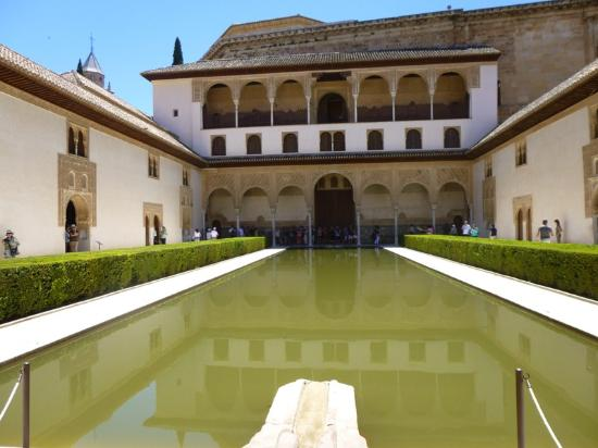 Patio de arrayanes palacio de comares palacios nazaries - Banos arabes palacio de comares ...