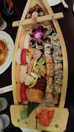 Empire Sushi: IMG_20151212_203256_large.jpg