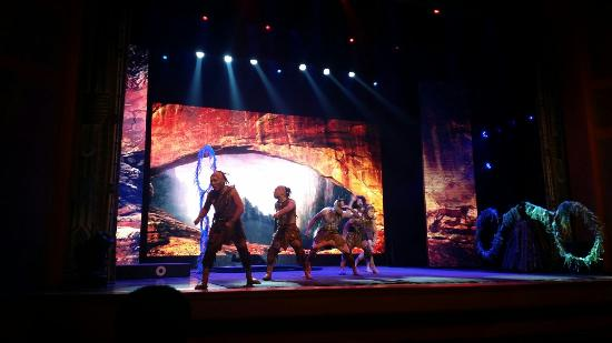 Tianqiao Acrobatics Theater