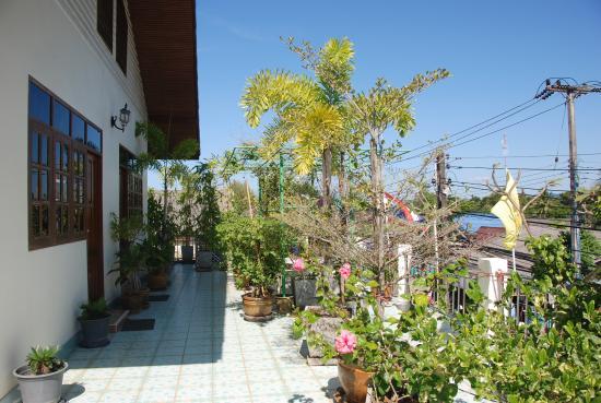 Ban Sulada Guesthouse