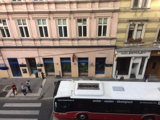 Kolpinghaus Wien-Zentral: Vista do quarto