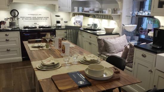 cafe de balme magland restaurant reviews phone number photos tripadvisor. Black Bedroom Furniture Sets. Home Design Ideas