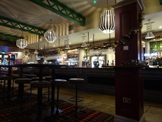 Blairgowrie, UK: Bar area