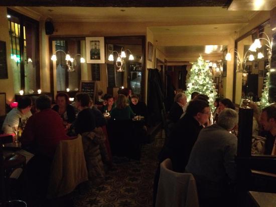 Soir e jazz picture of la grille montorgueil paris tripadvisor - Restaurant la grille paris 10 ...