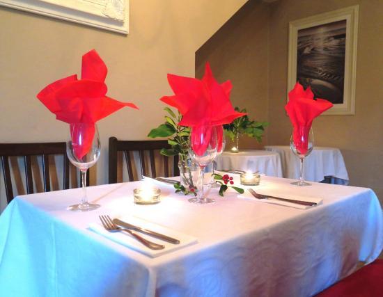 Drimoleague Inn: The Dining Room