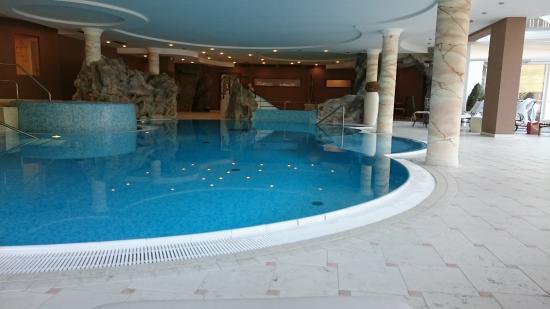 Hotel Taljoergele Prezzi