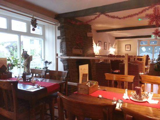Winterbourne, UK: sweet interior