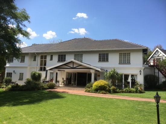 Das Bryan Manor Guest House