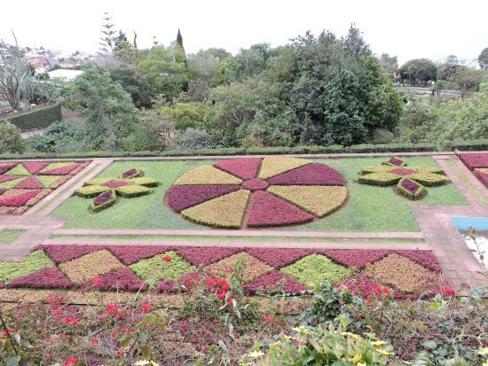 Le jardin botanique picture of madeira botanical garden for Camping le jardin botanique limeray