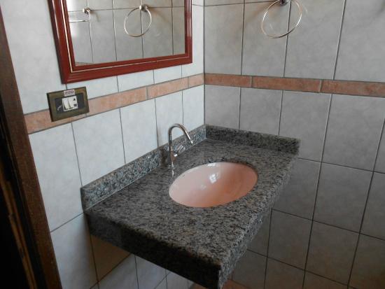 Pousada Sincora: Banheiro suíte