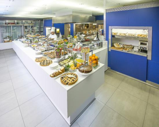 Hotel San Ranieri : Breakfast
