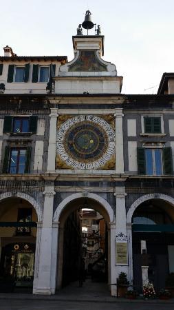 Albergo Orologio: La Torre dell'Orologio con l'albergo sullo sfondo